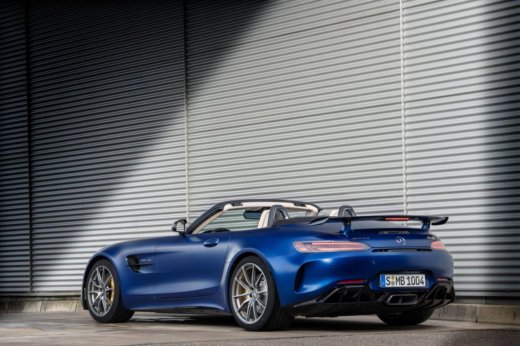 Mercedes-AMG-GTR-Roadster_acsptours3